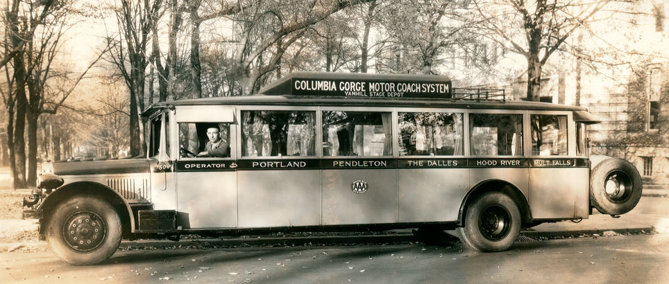 Columbia Gorge Motor Coach System bus in 1928