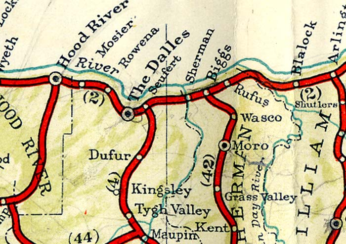 1940 highway map shows route from Biggs to The Dalles, Oregon