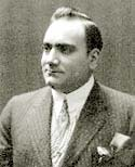 Enrico Caruso in suit and tie
